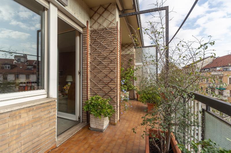 Ampio Trilocale con Terrazzo, Via Noe 47, Milano   Immobiliare Mondani