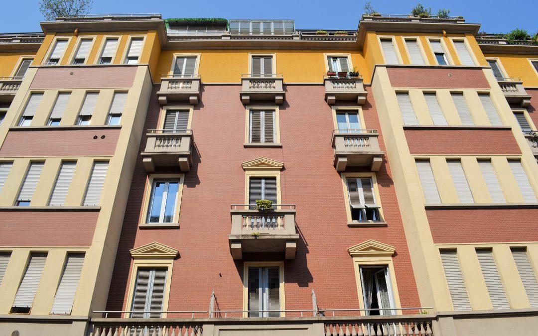 Splendido Bilocale RISTRUTTURATO, PIANO ALTO, PARZIALMENTE ARREDATO, Via Lippi, Milano.