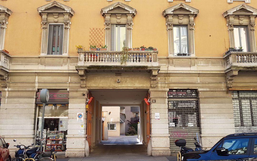 IN AFFITTO, Ampio Box Singolo, completamente automatizzato. Via Enrico Noe, Milano.